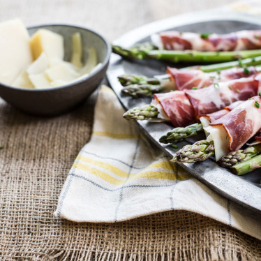 Alpine Asparagus Finger Roll