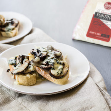 Buttermilk Blue Crostini With Mushrooms
