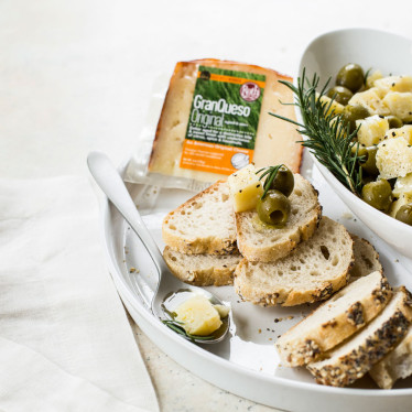 Marinated GranQueso® and Olive Condite