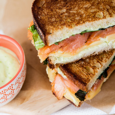 Plain grilled cheese was so yesterday. Make your grilled cheese bold and adventurous with some wasabi and smoked slamon. #grilledcheese #morecheeseplease