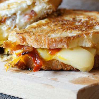 Simple Cheesy Breakfast Sandwich