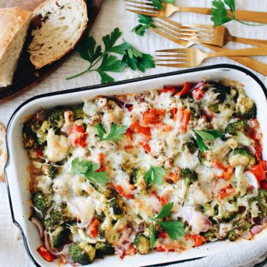 Cheesy Chicken and Veggie Bake