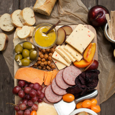 How To Make a Cheese Board in 3 Easy Steps