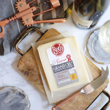 Roth Grand Cru Reserve cheese on cheese board