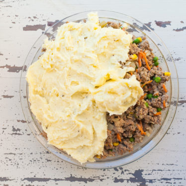 Shepherd's Pie with Cheesy Mashed Potatoes