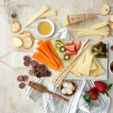 How to Create a Cheeseboard