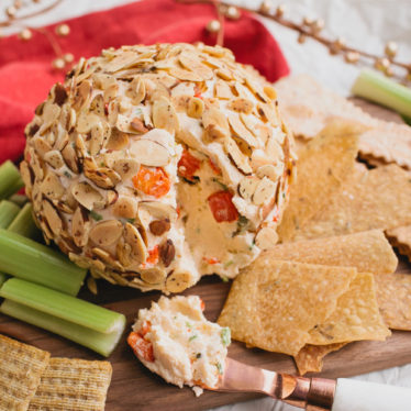 Easy Jalapeño Cheese Ball