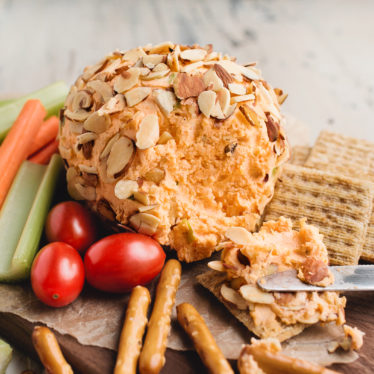 Spicy Buffalo Cheese Ball