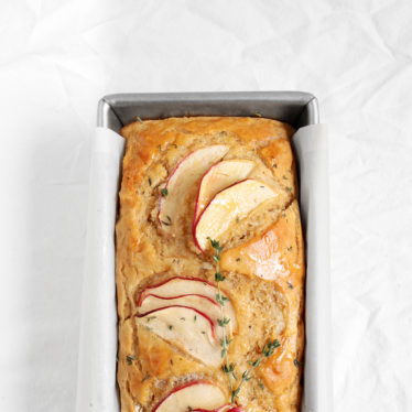 Grand Cru® Apple Beer Bread