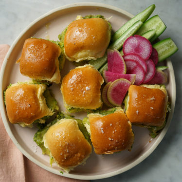 Pesto Grilled Cheese Sliders with Smoked Gouda